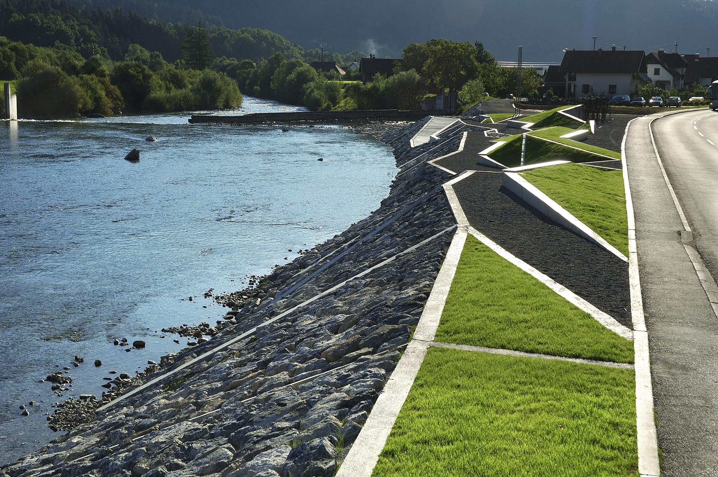 bruto park maister ljubno ob savinji reka river sculpture skulptura