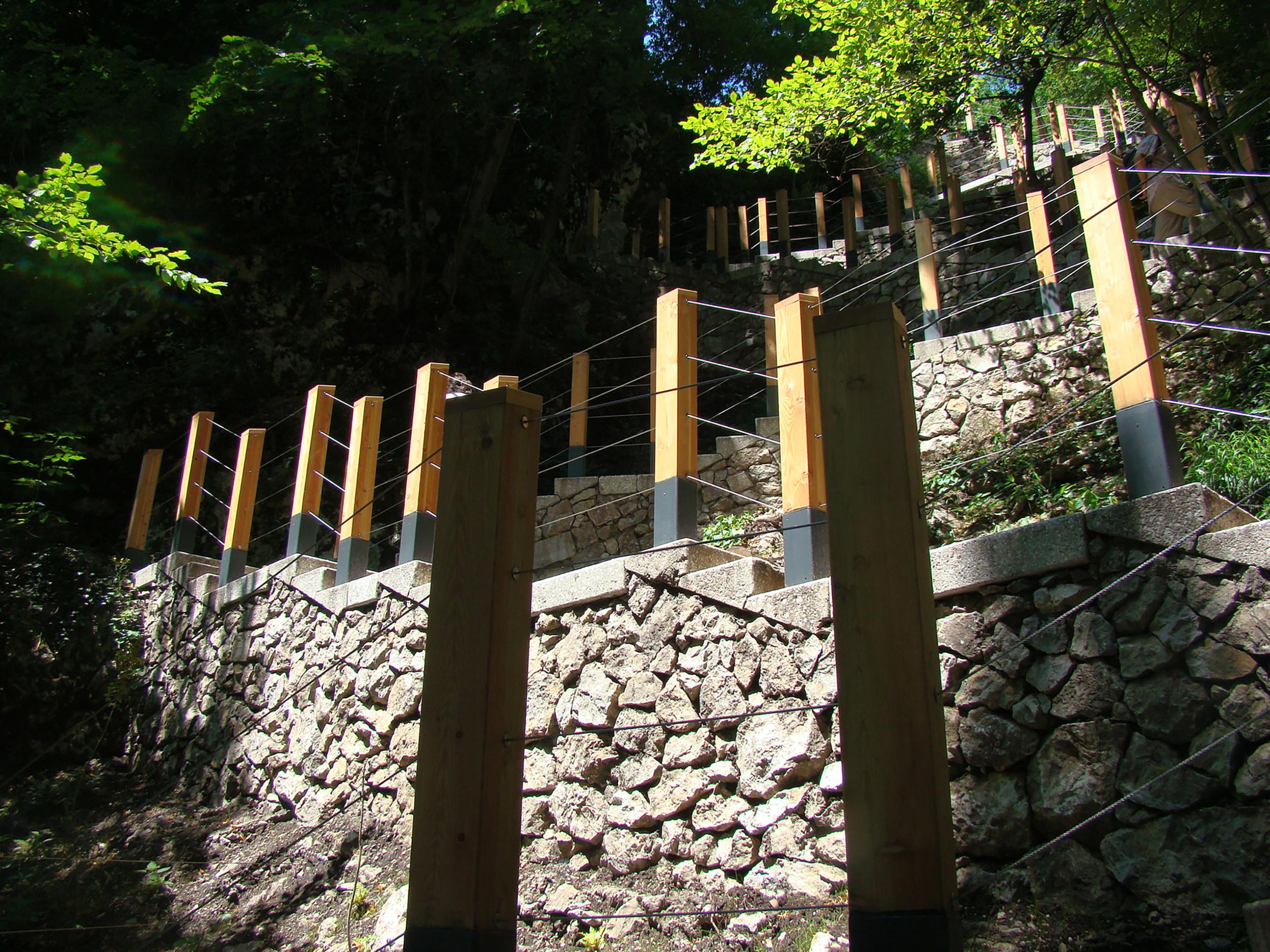 bruto bled pot na grad jezero castle lake path stairs stopnice