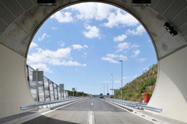 bruto markovec koper izola portal entrance landscape tunnel predor