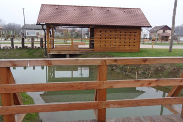 bruto velika polana park storks štorklje